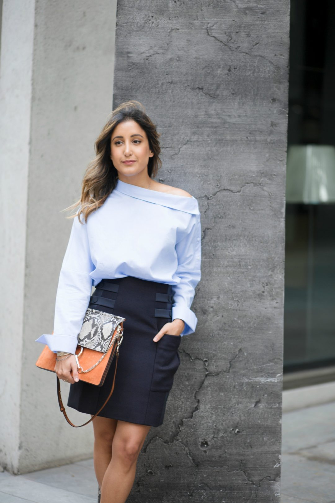 a02cff046e6 Off-the-shoulder blues - Office look with off-the-shoulder shirt